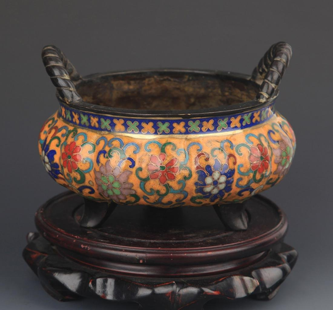 A BRONZE CLOISONNE FLOWER CARVING CENSER