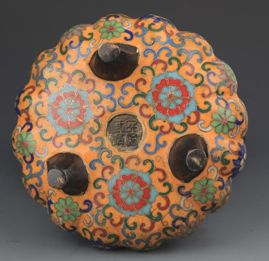 A BRONZE CLOISONNE FLOWER CARVING CENSER - 4
