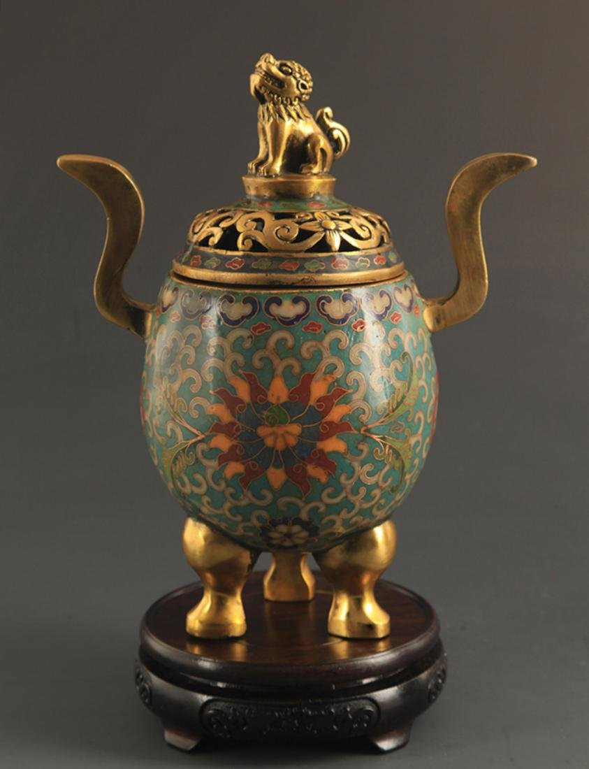 A BRONZE CLOISONNE ANIMAL TOP AROMATHERAPY