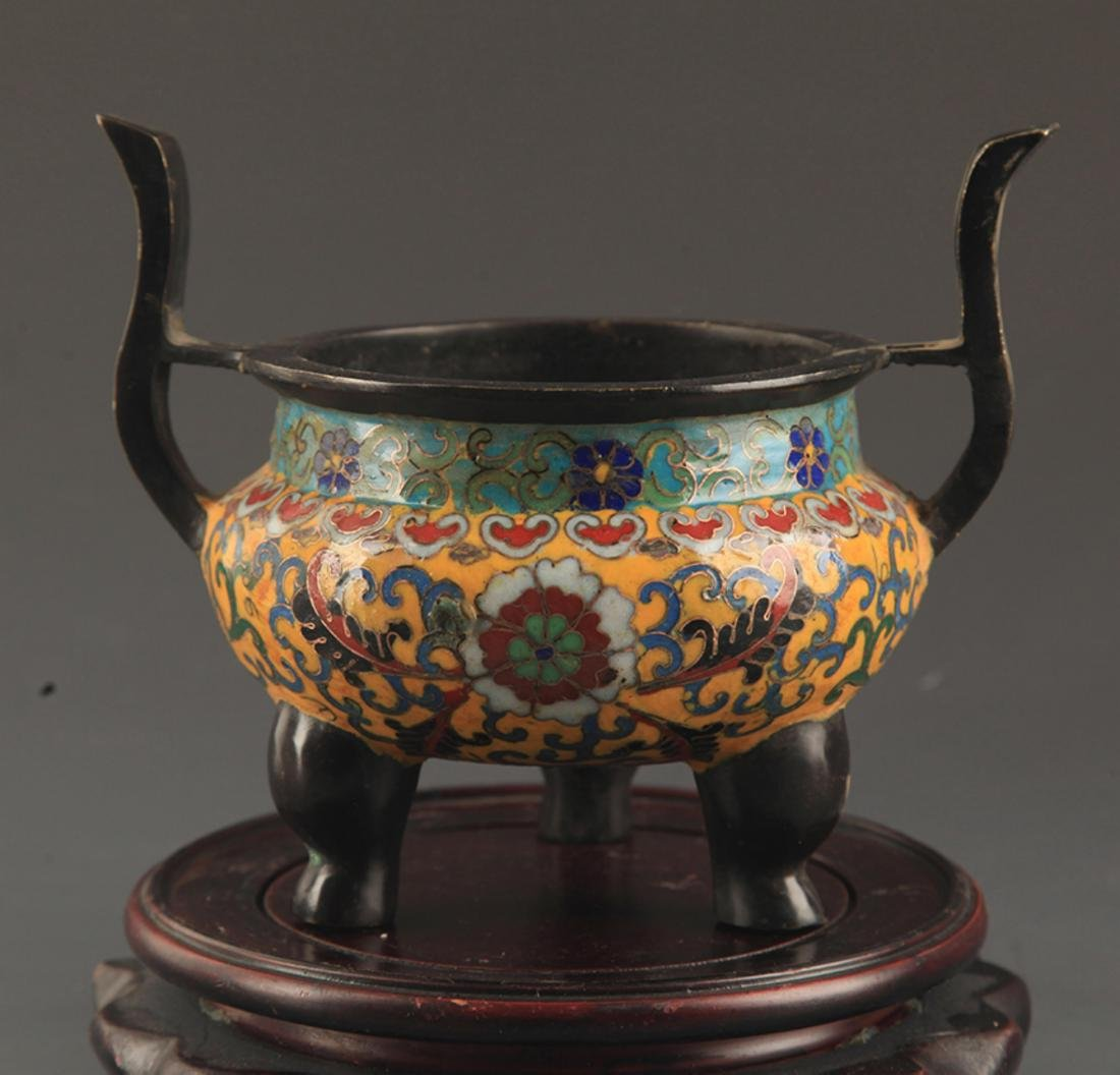 A BRONZE  CLOISONNE FLOWER PATTERN CENSER