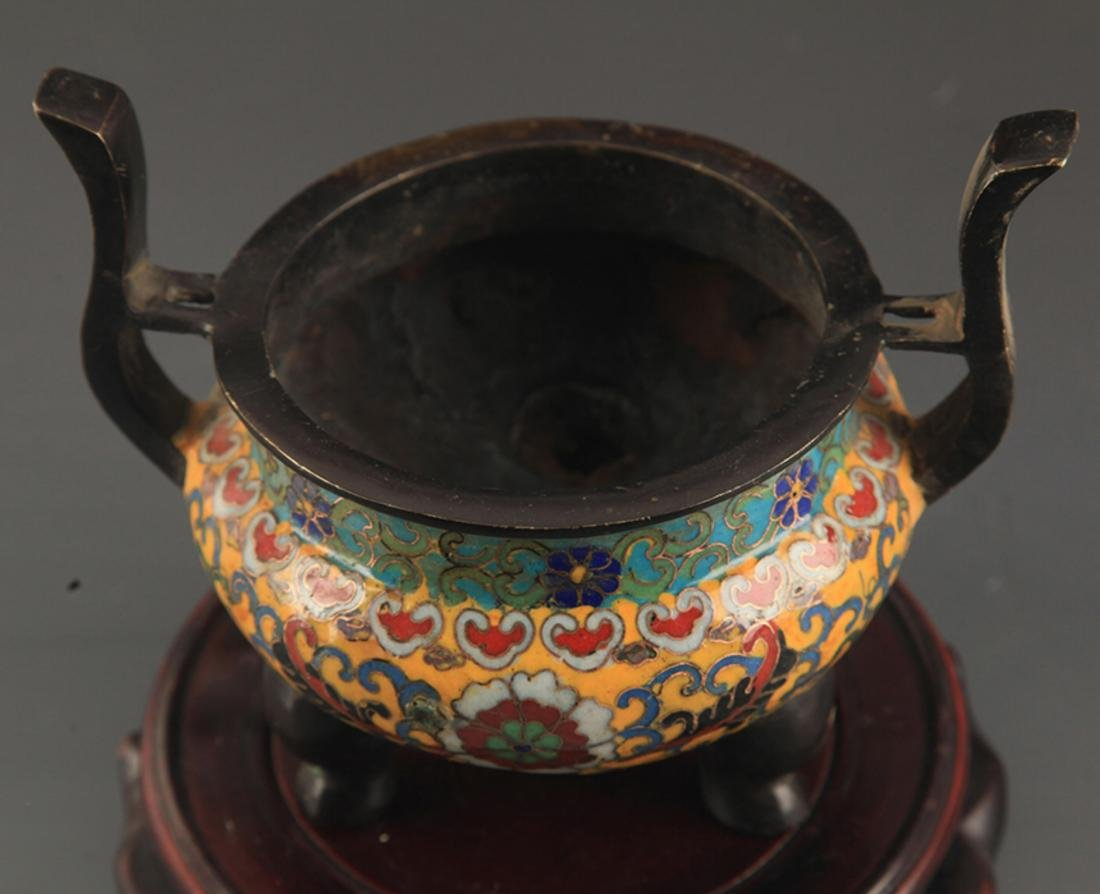 A BRONZE  CLOISONNE FLOWER PATTERN CENSER - 2