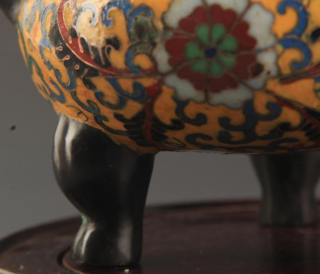 A BRONZE  CLOISONNE FLOWER PATTERN CENSER - 3