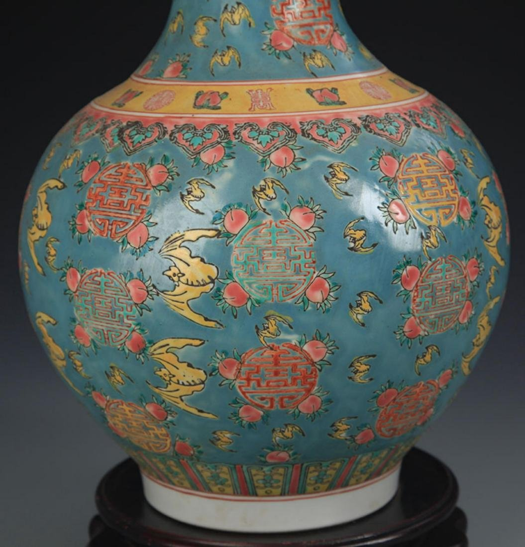 A TURQUOISE COLOR GROUND FAMILLE ROSE VASE - 4