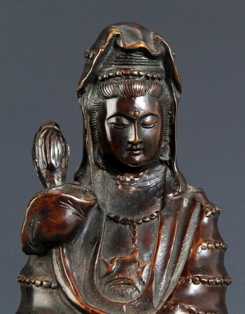 A FINELY CARVED GUAN YIN FIGURE  BRONZE BUDDHA - 2