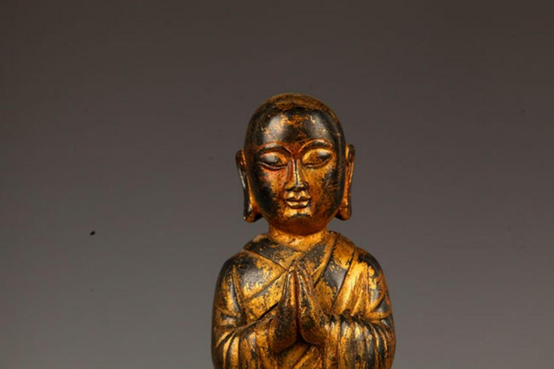 A FINELY MADE BRONZE YOUNG BUDDHA STATUE - 2