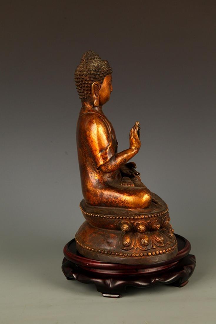 A FINELY CARVED AKSHOBHYA BUDDHA FIGURE - 5