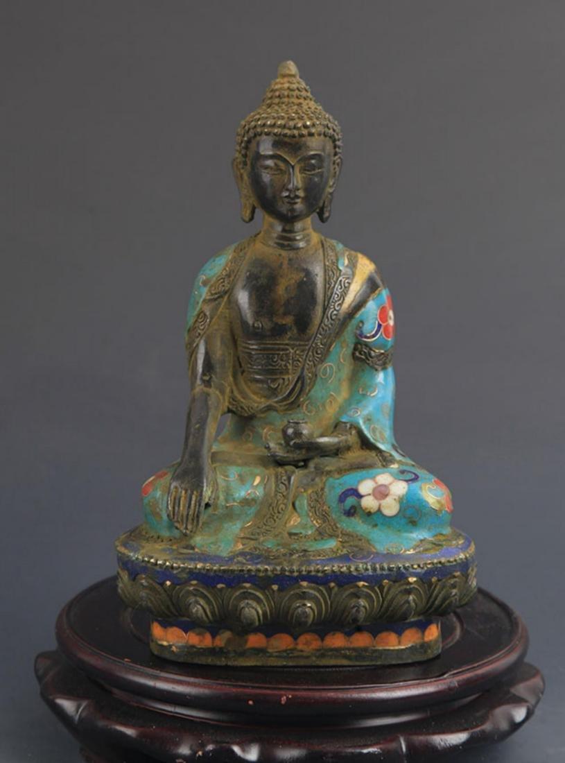 A BRONZE CLOISONNE ENAMEL PHARMACIST BUDDHA STATUE