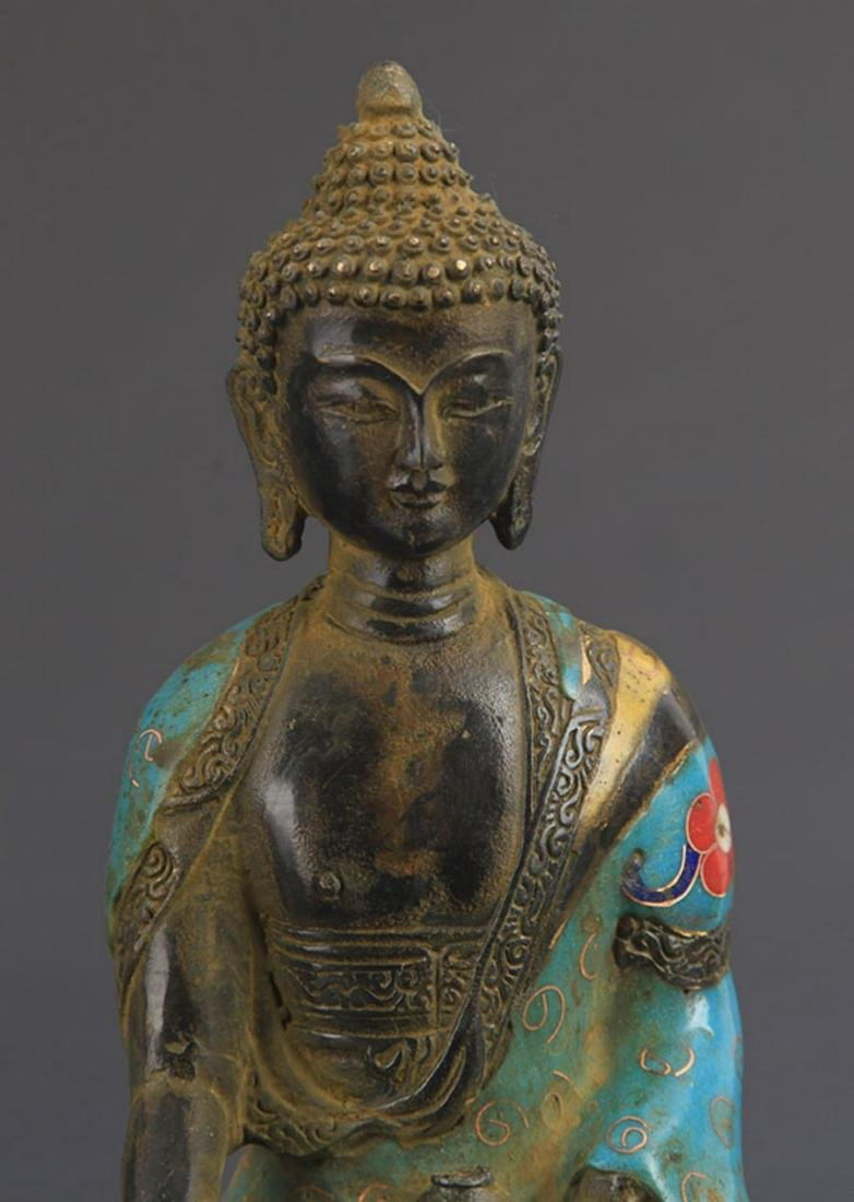 A BRONZE CLOISONNE ENAMEL PHARMACIST BUDDHA STATUE - 3