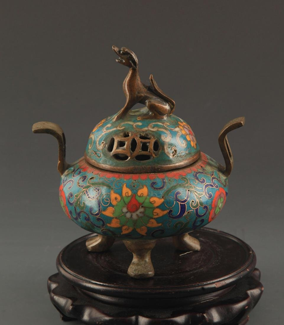 A BRONZE CLOISONNE ENAMEL ANIMAL TOP AROMATHERAPY