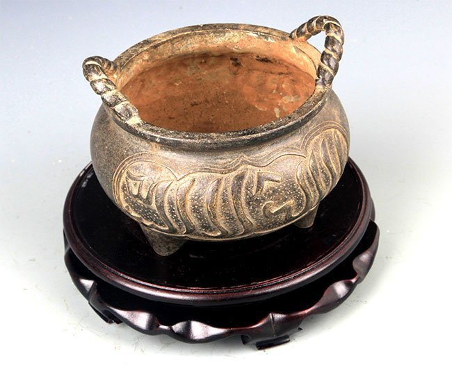 A CHINESE CARVING ROUND BRONZE CENSER - 4