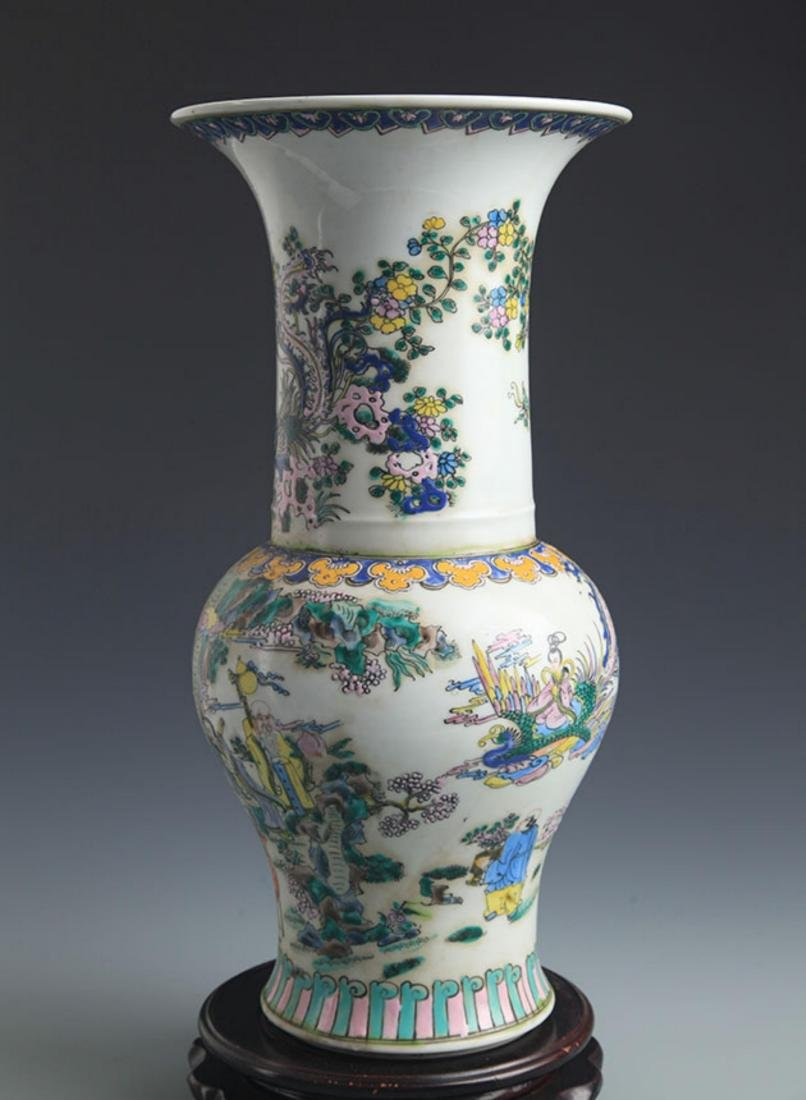 A TALL FAMILLE-VERTE STORY PAINTED JAR