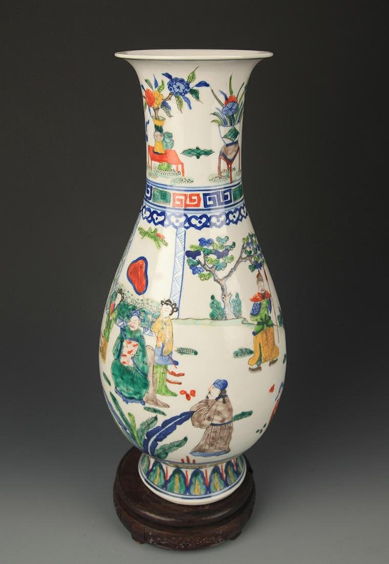 BLUE AND WHITE FAMILLE VERTE STORY PAINTED VASE