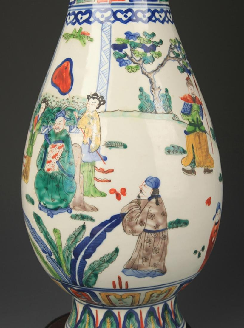 BLUE AND WHITE FAMILLE VERTE STORY PAINTED VASE - 3