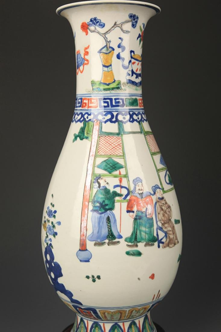 BLUE AND WHITE FAMILLE VERTE STORY PAINTED VASE - 4