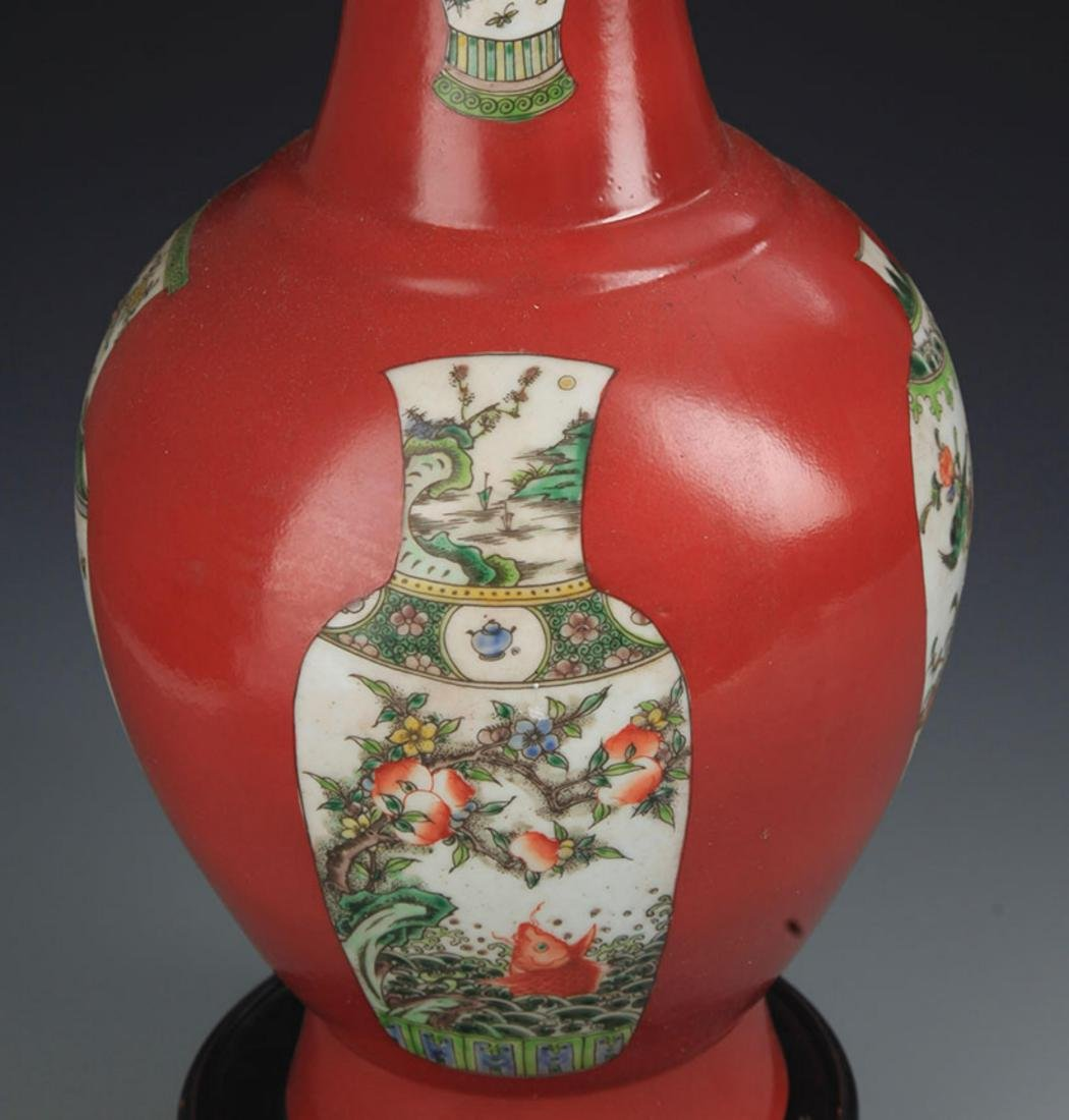 A RED CORAL GROUND FAMILLE VERTE DECORITIONAL VASE - 4