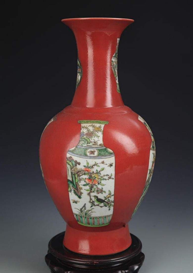A RED CORAL GROUND FAMILLE VERTE DECORITIONAL VASE - 5