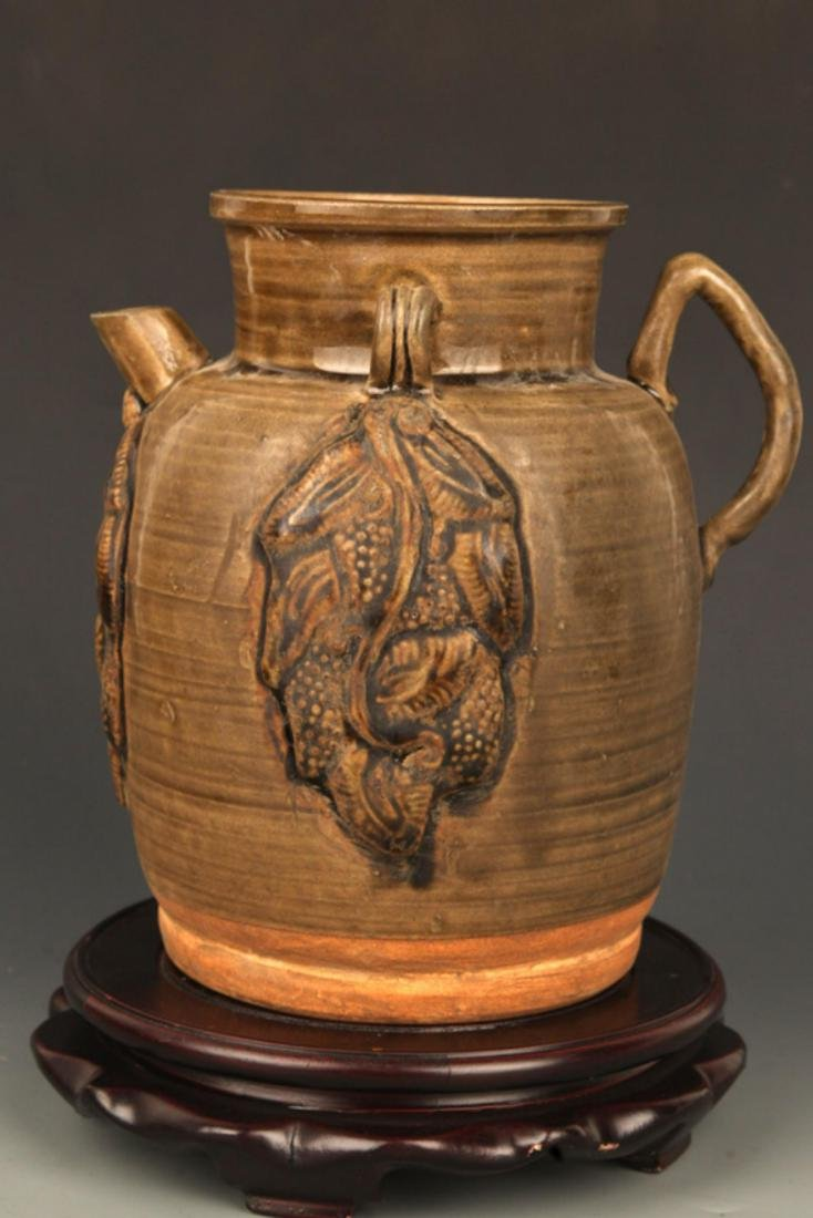 A FINE CHANG SHA KILN WATER JAR