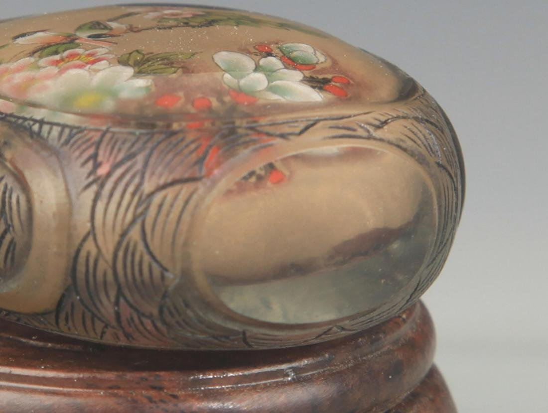 A FINELY PAINTED GLASS SNUFF BOTTLE - 4