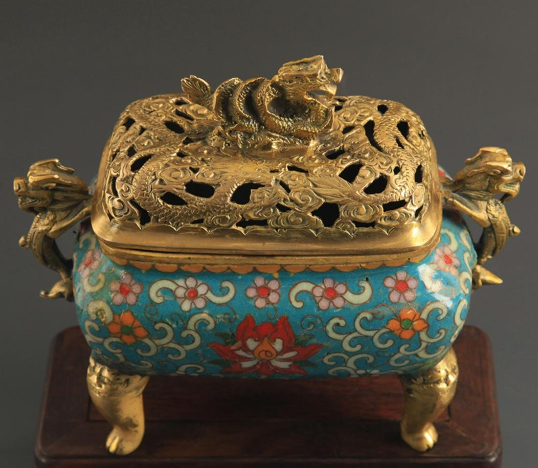 A CLOISONNE DRAGON CARVING AROMATHERAPY - 2