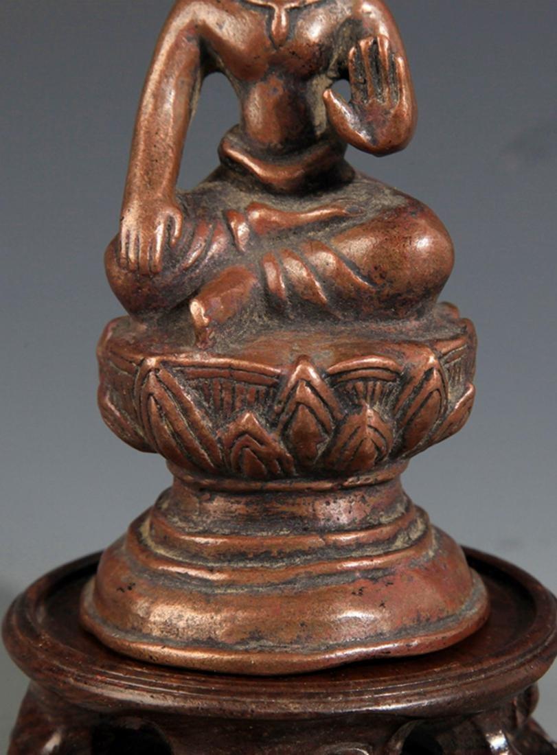 A SMALL BRONZE BUDDHA FIGURE - 3