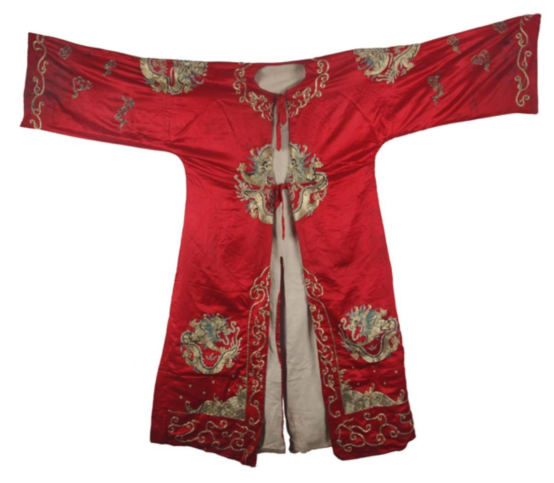 A RED COLOR SMALL DRAGON EMBROIDERED ROBE