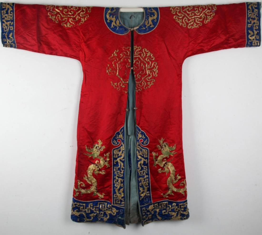 A RARE PHOENIX EMBROIDERY WOMEN ROBE