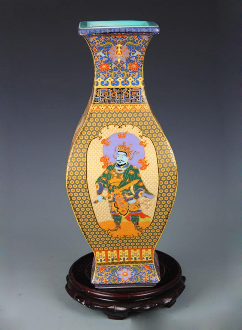 FAIENCE COLOR FOUR IMMORTAL SQUIRE VASE