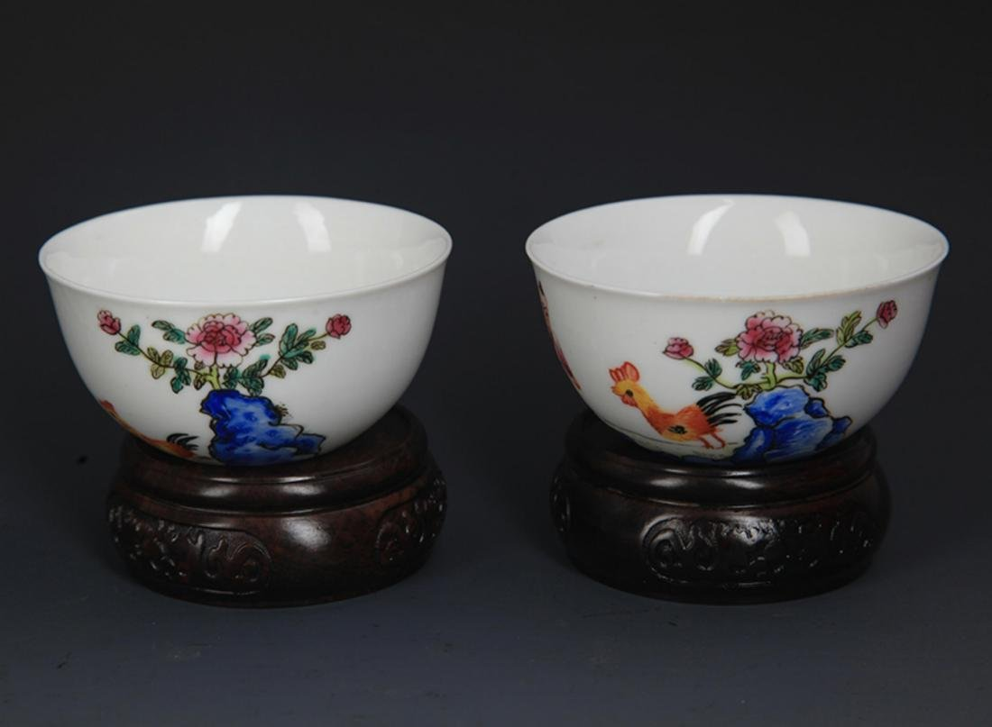 PAIR OF FAMILLE ROSE PORCELAIN CHICKEN CUP - 2