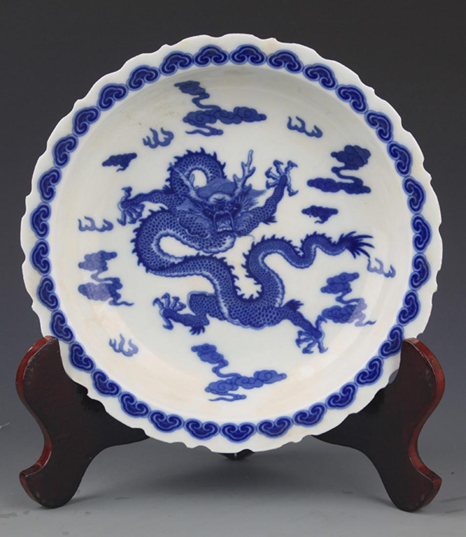 TWO FINELY PAINTED BLUE AND WHITE PORCELAIN PLATE - 3