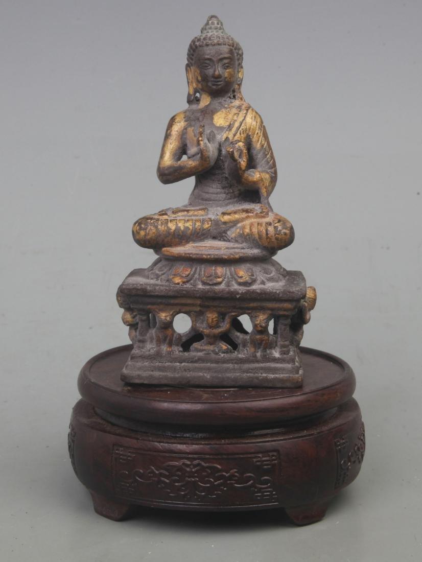A FINE GILT BRONZE BAO MOONLIGHT BUDDHA