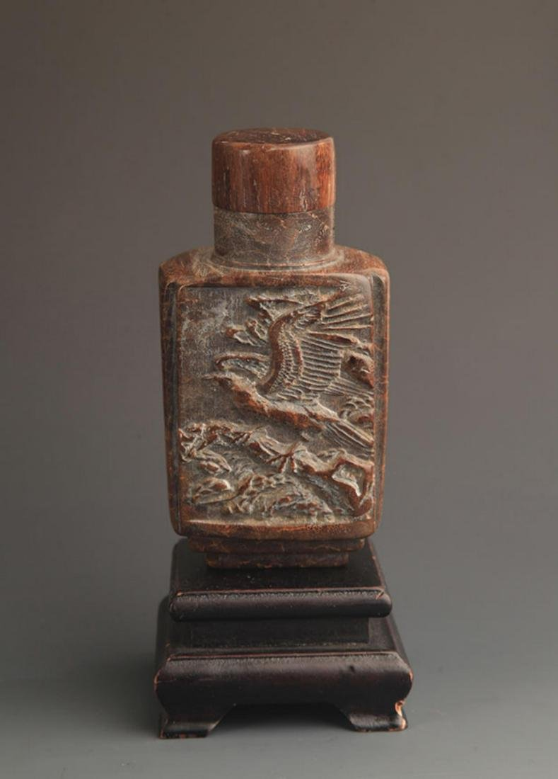 A FINE DRAGON CARVING WOOD MEDICINE BOTTLE