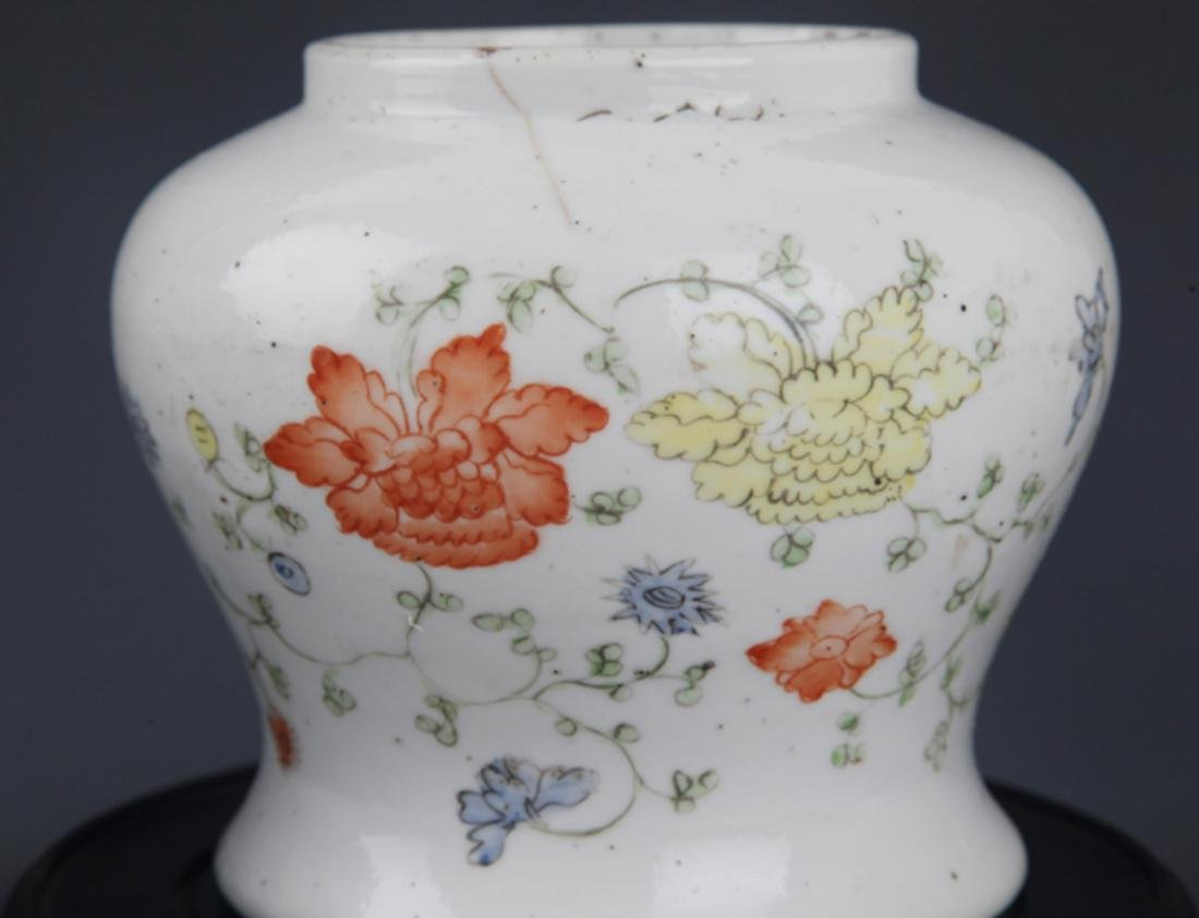 A GROUP OF THREE FINELY PAINTED PORCELAIN JAR - 3