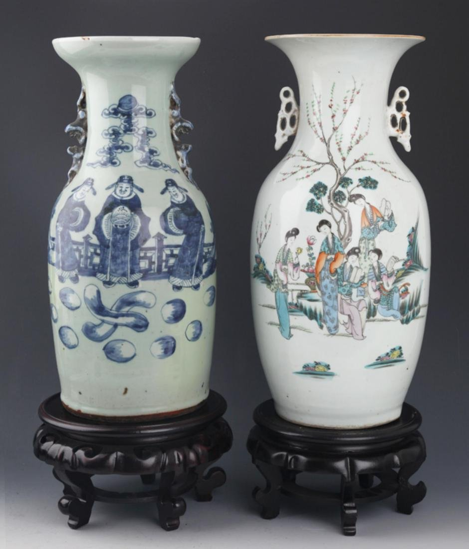 PAIR OF FAMILLE-ROSE PORCELAIN JAR