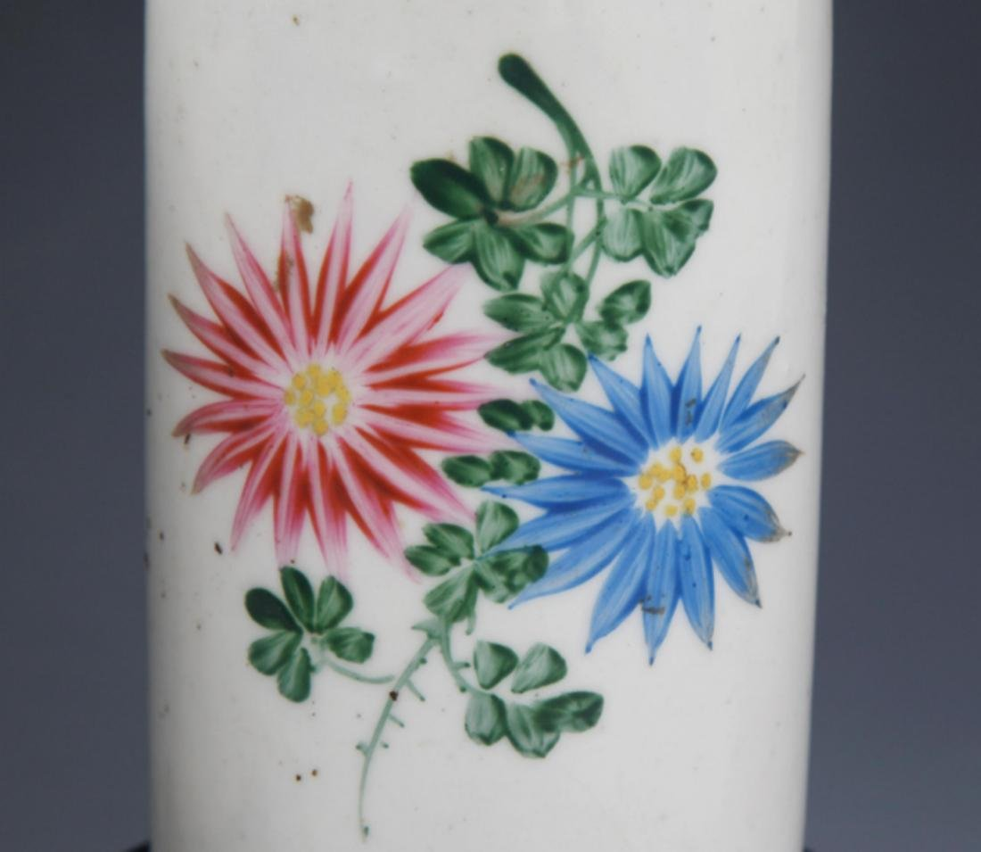 A PAIR OF FINELY PAINTED PORCELAIN BRUSH HOLDER - 3
