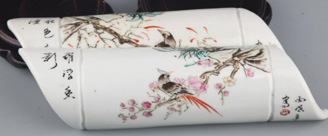 A COLORFUL PAINTED PORCELAIN ARM REST - 5
