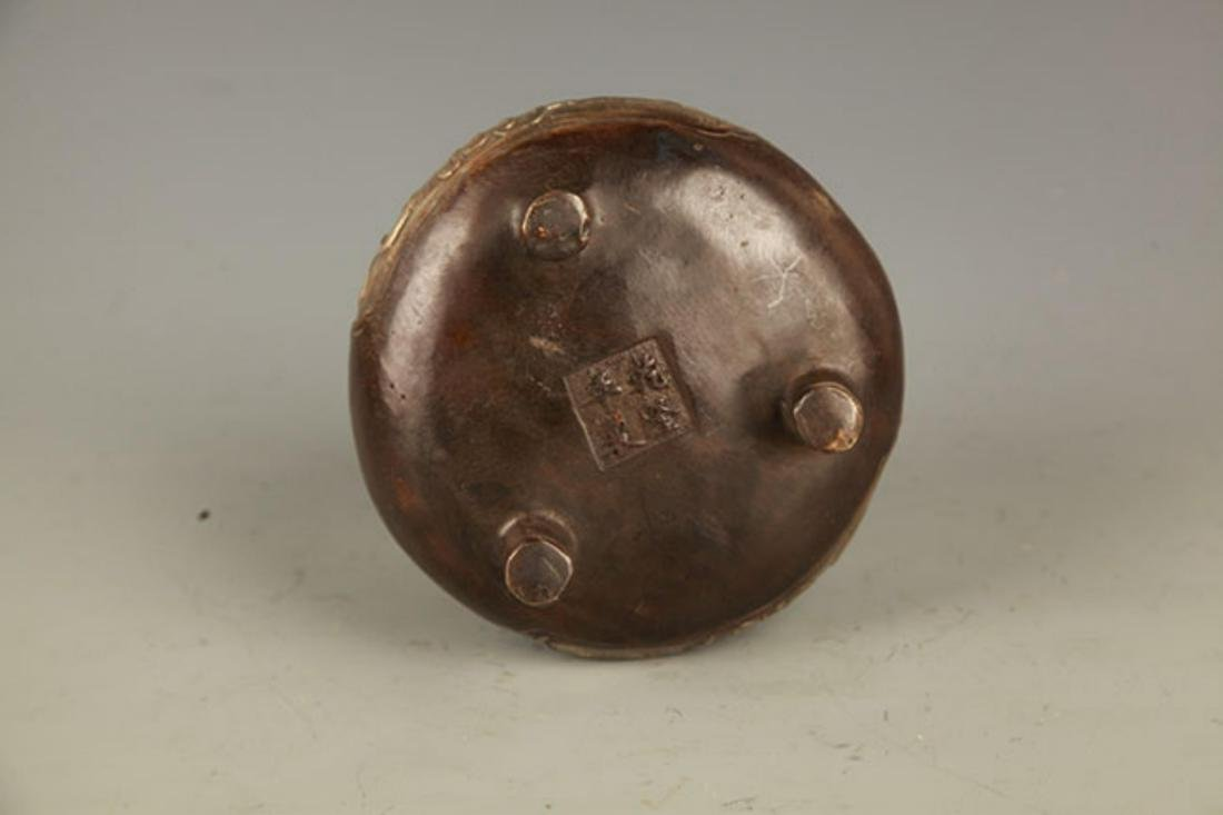 A DOUBLE EAR TRIPOD FOOT BRONZE CENSER - 5