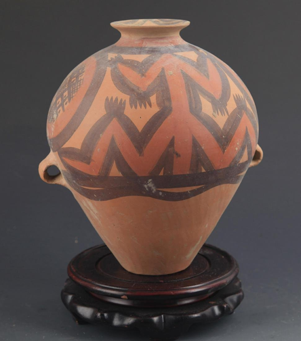 A YANG SHAO CULTURE STYLE POTTERY JAR