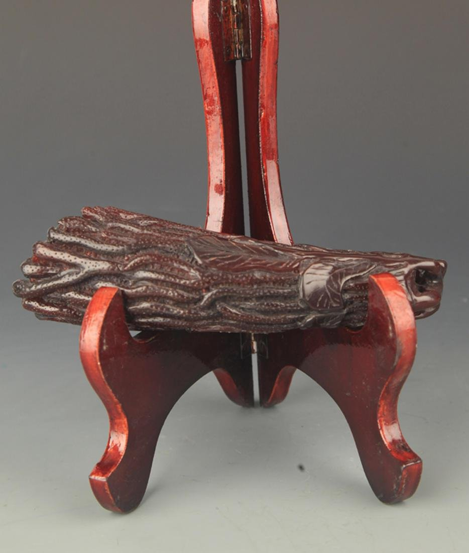 A FINE PLASTIC CHINESE DEOCREATION CARVING - 3