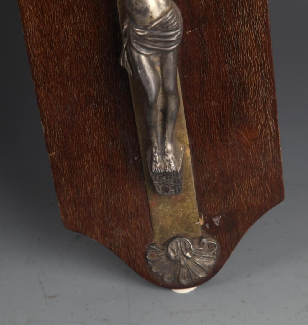 A LARGE SILVER PLATE JESUS FIGURE - 4