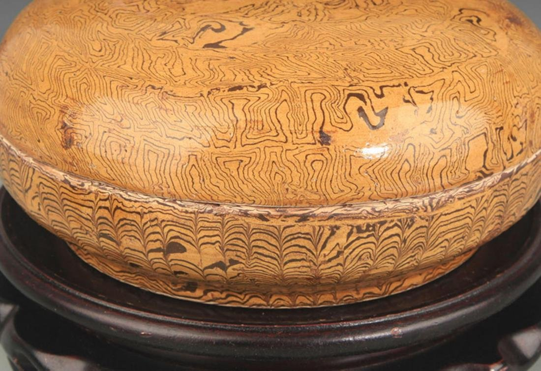 A YELLOW GLAZE INCENSE BOX - 3