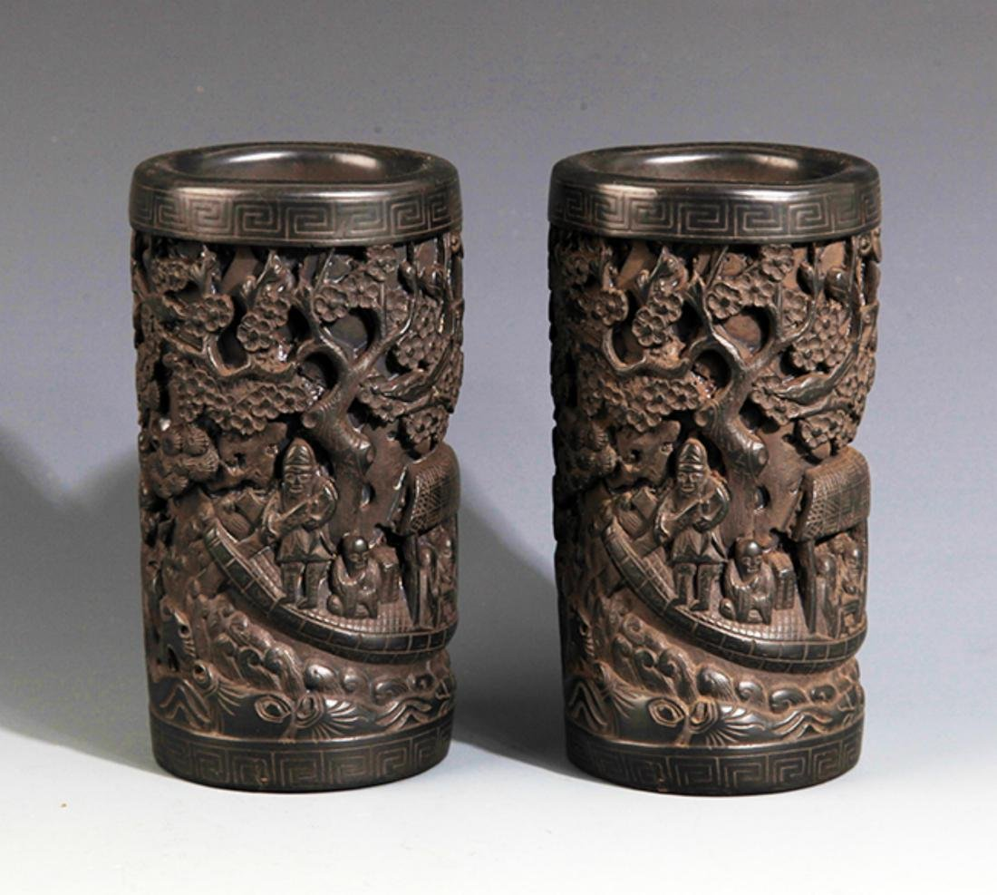 A PAIR OF FINELY CARVED EBONY WOOD PEN HOLDER
