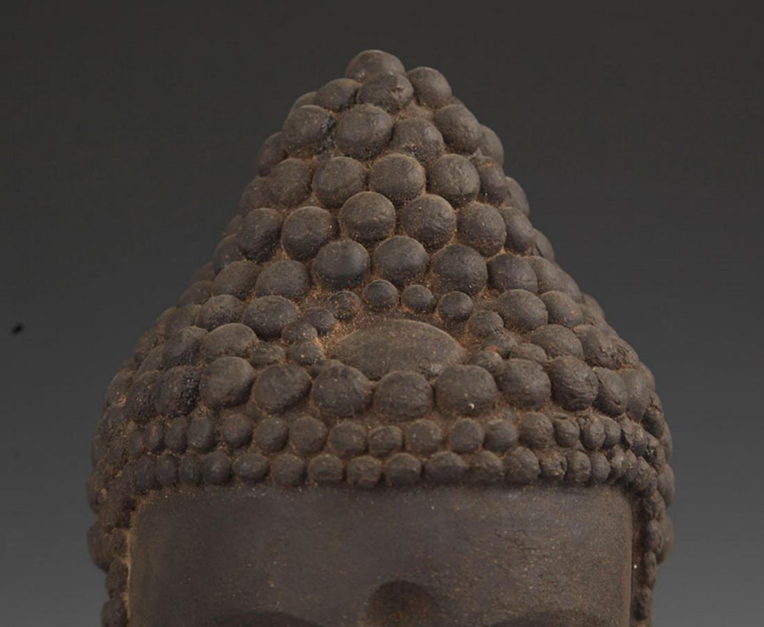 A FINE AGARWOOD BUDDHA HEAD - 3