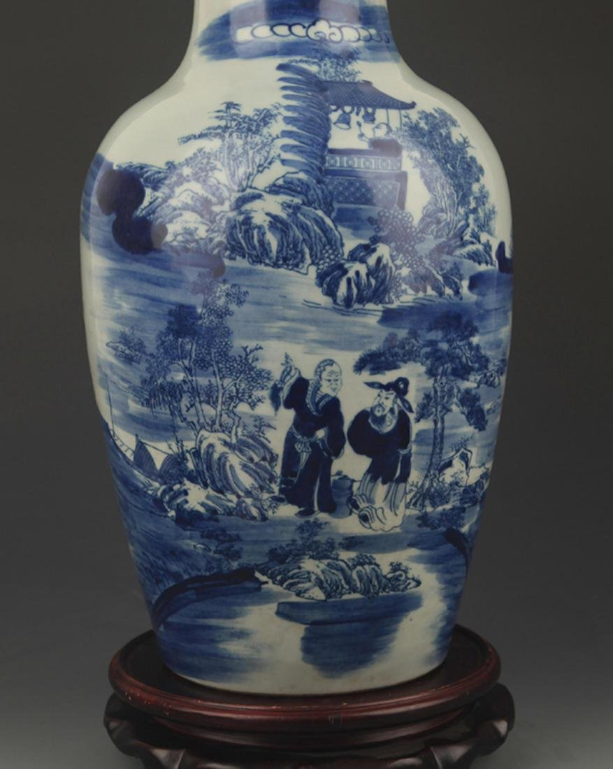 A BLUE AND WHITE STORY PAINTED VASE - 3