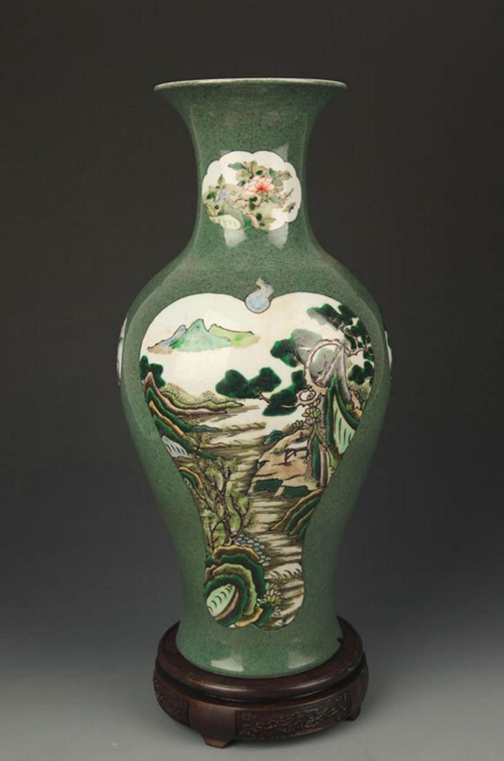 FAMILLE VERTE FLOWER AND BIRD PAINTED VASE - 4
