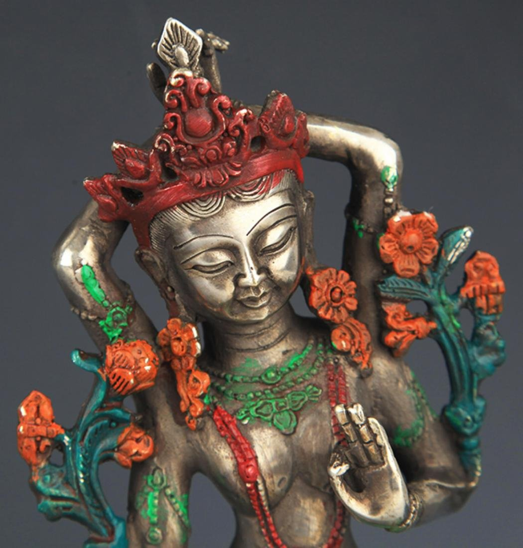 A COLORFUL PAINTED BRONZE BUDDHA - 2