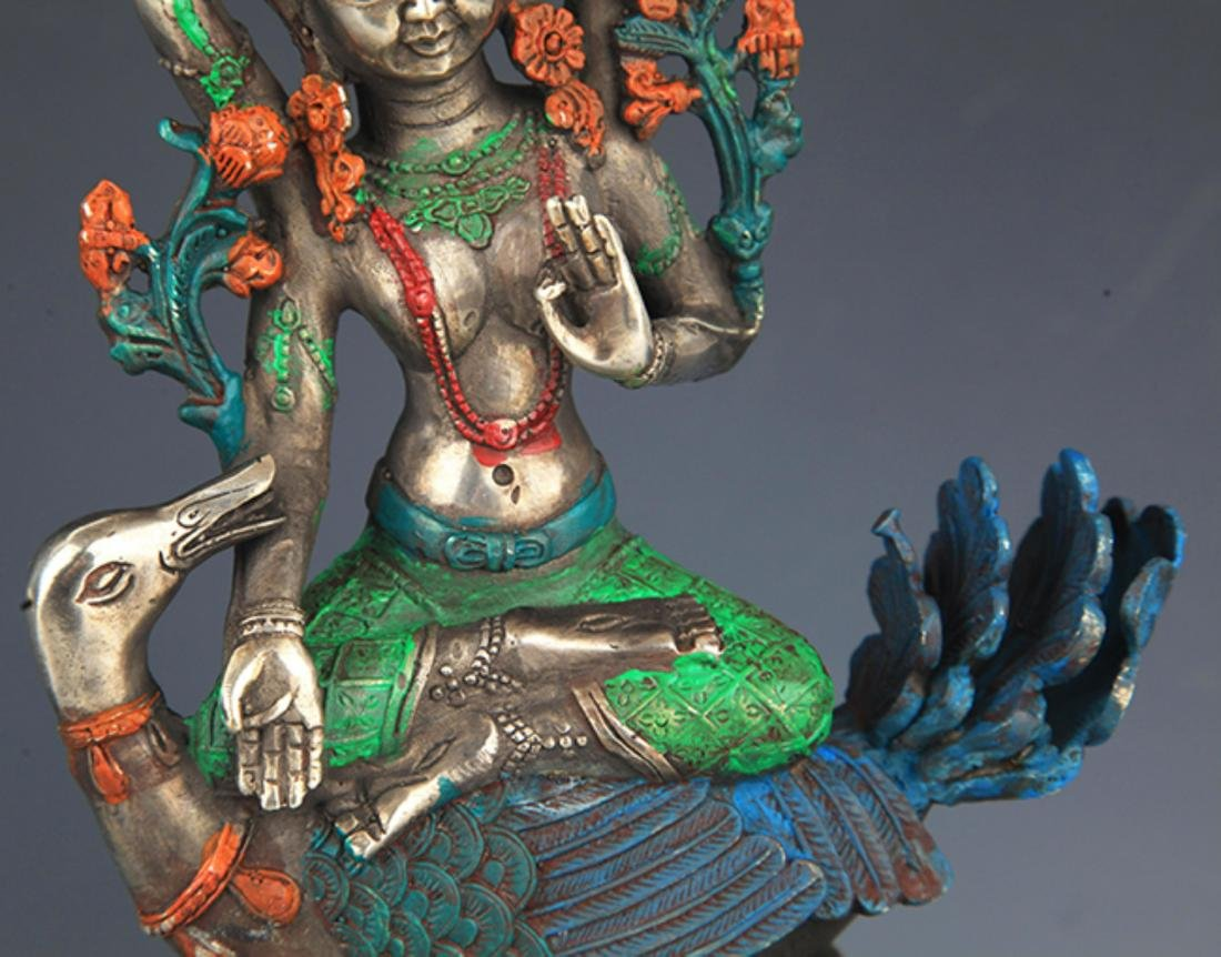 A COLORFUL PAINTED BRONZE BUDDHA - 3