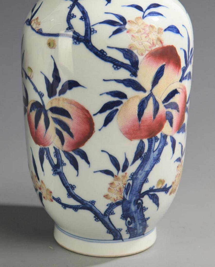 BLUE AND WHITE FAMILLE ROSE PEACH PATTERN VASE - 3