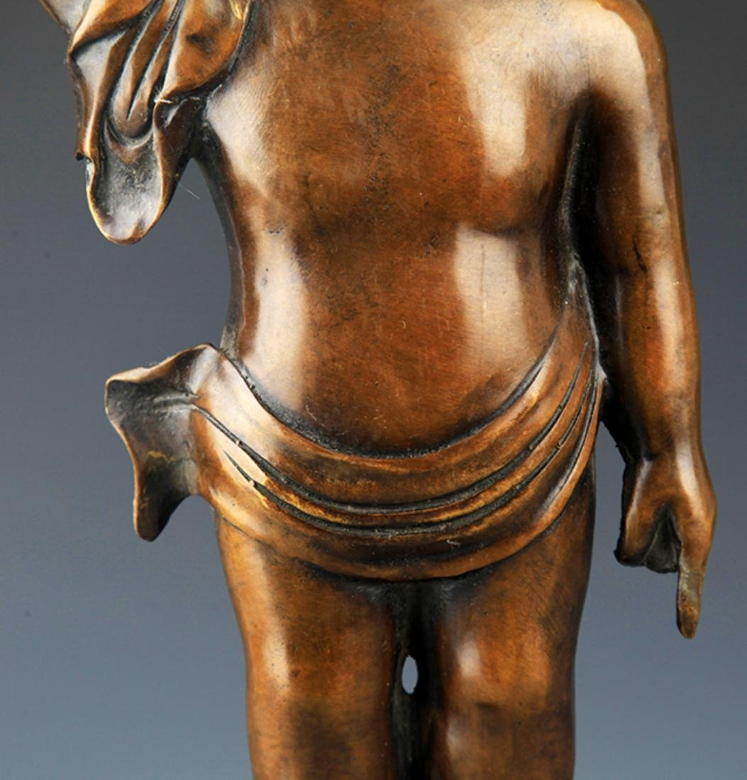 A TALL AND FINELY CARVED BRONZE BUDDHA - 3