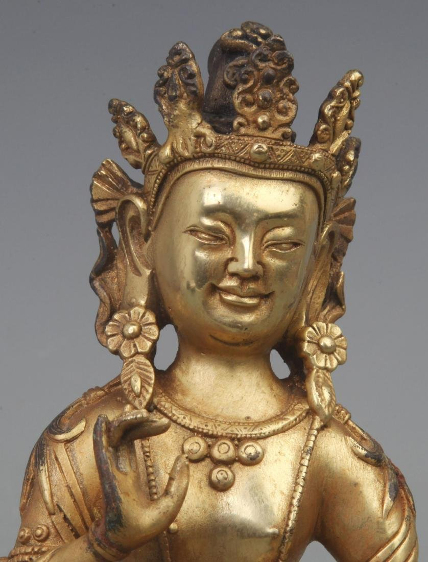 A REAR GILT BRONZE TREASURE BUDDHA FIGURE - 2