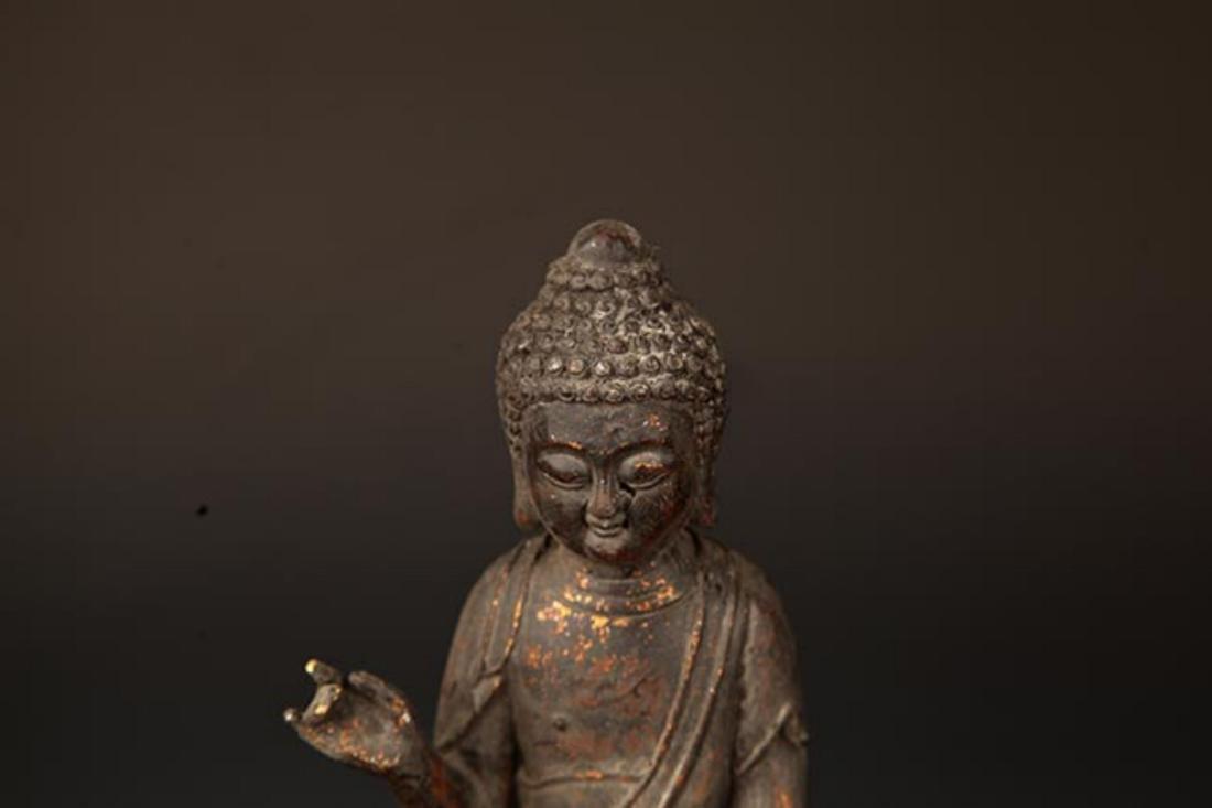 A FINE CAST IRON FIGURE OF TATHAGATA BUDDHA - 2
